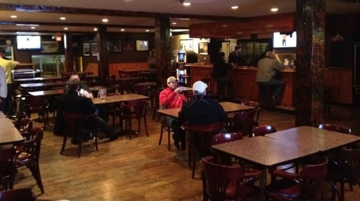 The Chris Rock Tavern beer wine food drinks coffee 5 best places to visit in moncton for the business traveler