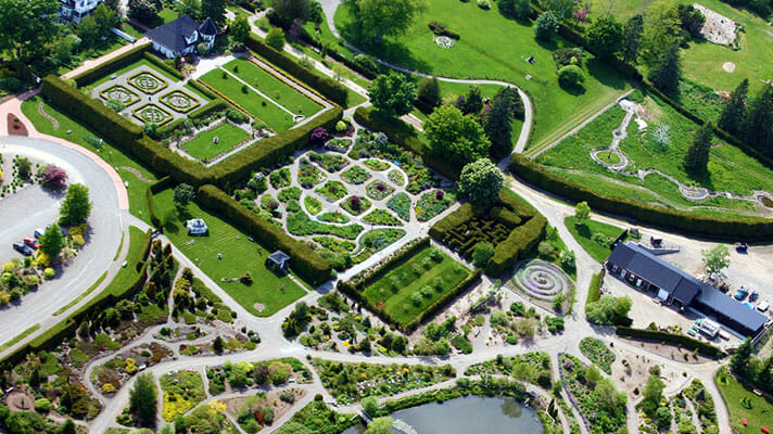 Kingsbrae Garden St Andrews perennial plants themed gardens engaging animals annual National Sculpture Competition